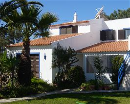 Aljezur - Accommodation - Guest Houses - Casa das Palmeiras - ID 6917