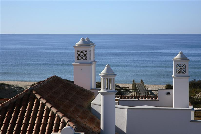 Alojamento - Apartamentos - Terraced houses in Condominium close to beach of S. Martinho do Porto - ID 5392