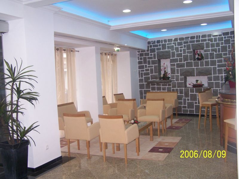 Real Estate - Sales - Houses - Inviting one-storey house ! - ID 4886