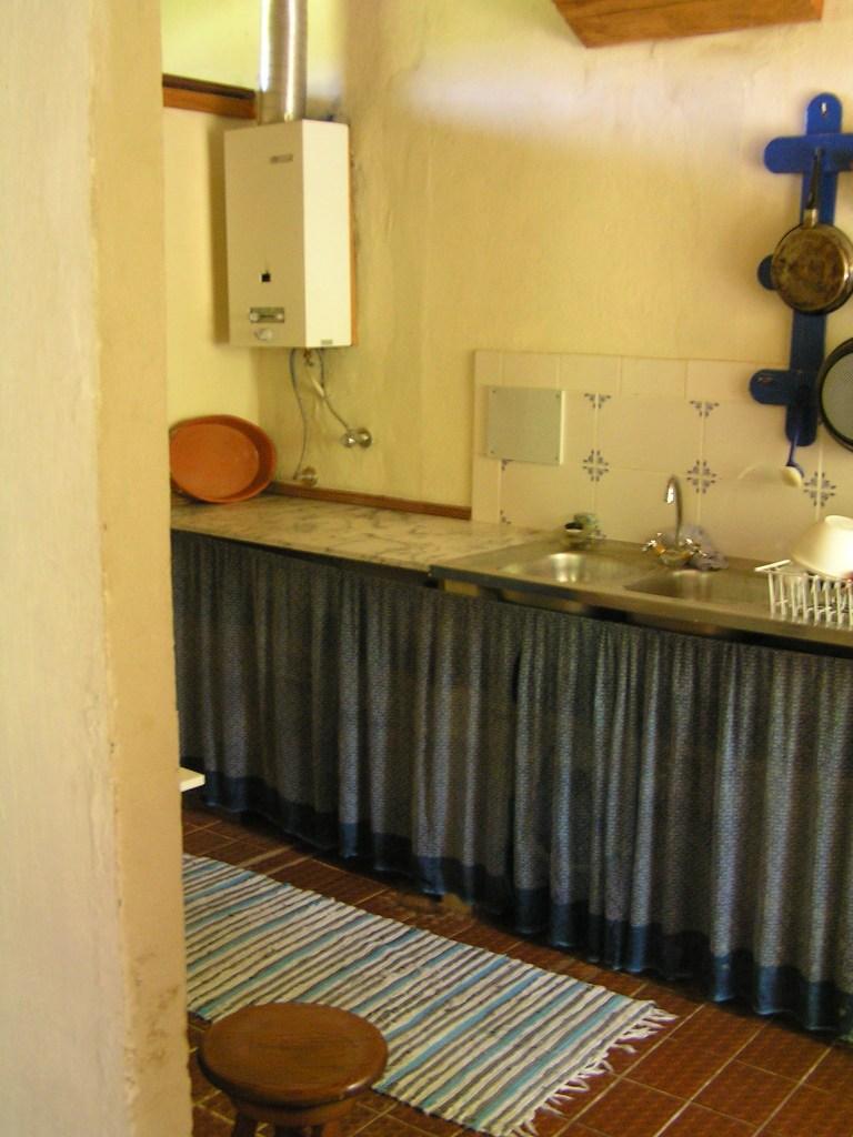 Alojamento - Backpakers & Budget Alojamento - Luxury Freehold Plot of land in Well Established Golf Resort - ID 6370