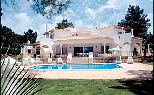 Quarteira - Alojamento - Alojamento Self Catering - Lovely 6 Bedroom Villa in Vilamoura - ID 7073