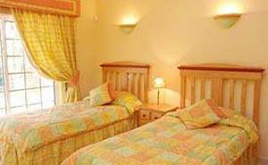 Alojamento - Alojamento Self Catering - Nice Villa in Praia Del Rey golf course - Portugal Silver Coast - ID 6184