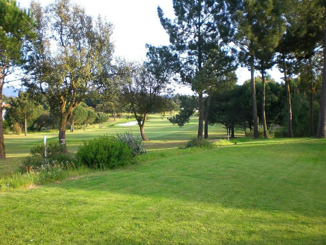 Alojamento - Aventura, Outdoor & Desporto - SOLD!!  This plot of land has a view of the 3 green of Vale da Pinta - ID 6381