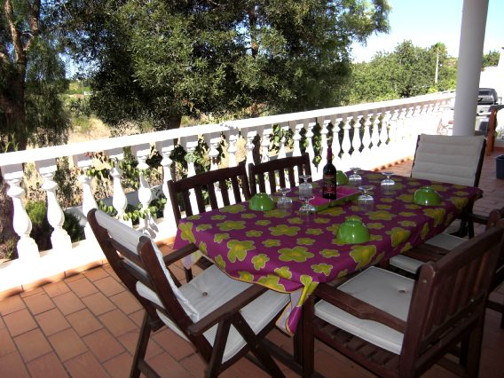 Alojamento - Pousadas & Bungalows - 3 Bedroom Villa at Historical Center of Albufeira - ID 4619
