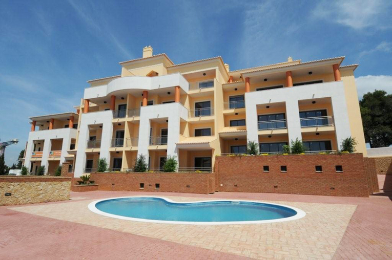 Alojamento - Apartamentos - South-facing Duplex Apartment With Beautiful Sea Views - ID 6305