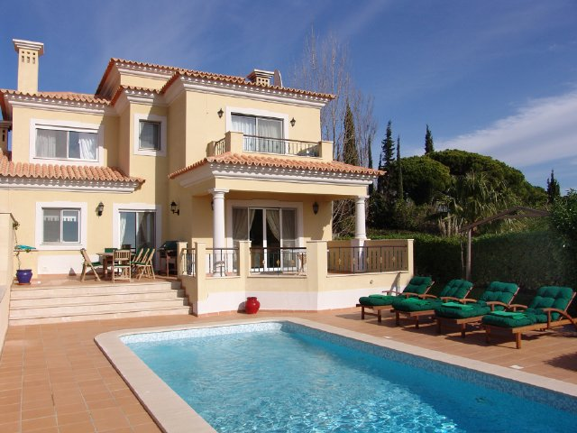 Vale do Lobo - Alojamento - Empreendimento Férias - Beautiful 4 bedroomed villa for holiday rentals - ID 7002
