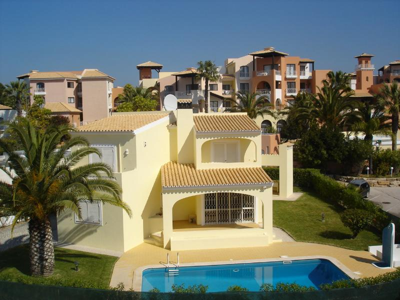 Loule - Accommodation - Self Catering Accommodation - Casa Four seasons - ID 7024