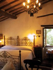 Country Houses to rent in Massa Martana, Umbria, Italy