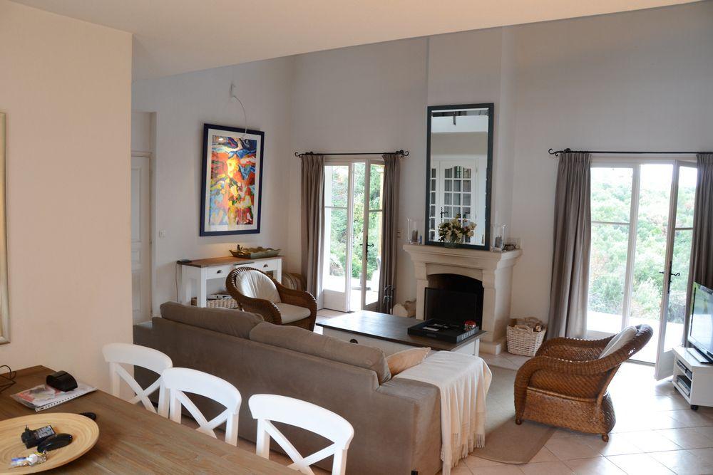Villas to rent in Valbonne, Provence Alpes Cote d'Azur, France