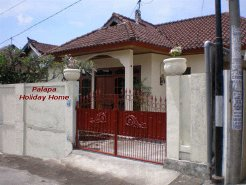 Holiday Rentals & Accommodation - Holiday Homes - Indonesia - Bali - Denpasar - Sidakarya