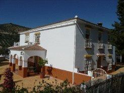 Holiday Rentals & Accommodation - Exclusive Luxury Accommodation - Spain - Cordoba Province/Rural Andalucia - Iznajar