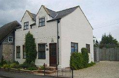 Holiday Rentals & Accommodation - Country Cottages - United Kingdom - Stratford - Stratford upon Avon