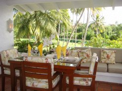 Holiday Rentals & Accommodation - Beachfront Apartments - Barbados - West Coast of Barbados - Holetown