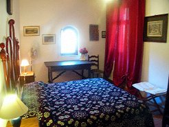 Holiday Farms to rent in Assisi, Umbria, Italy