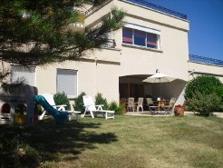 Holiday Rentals & Accommodation - Bed and Breakfasts - France - AUVERGNE - BRIOUDE