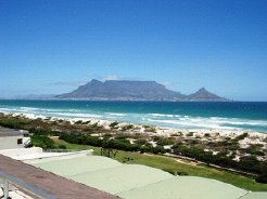 Holiday Rentals & Accommodation - Beachfront Apartments - South Africa - Cape Peninsula - Cape Town
