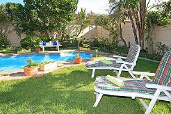 Holiday Rentals & Accommodation - Apartments - South Africa - Cape Town - Bloubergstrand