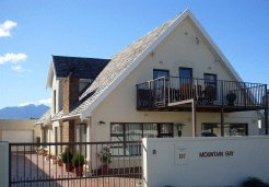 Holiday Rentals & Accommodation - Self Catering - South Africa - Helderberg - Gordon's Bay