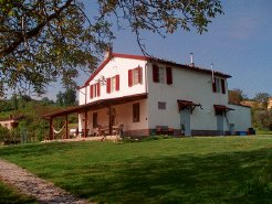 Holiday Rentals & Accommodation - Campsites - Italy - Le Marche - Montelparo