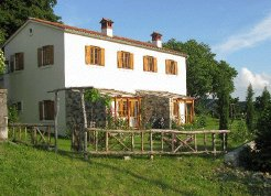 Holiday Rentals & Accommodation - Self Catering - Slovenia - Karst and Adriatic - Stanjel