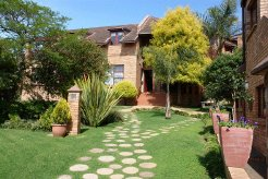 Holiday Rentals & Accommodation - Guest Houses - South Africa - Makana - Grahamstown