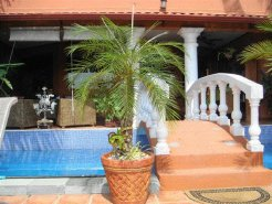 Holiday Rentals & Accommodation - Bed and Breakfasts - Costa Rica - Central Valley - San Jose