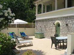 Holiday Apartments to rent in Belvianes et Cavirac, Languedoc Rousillon, France