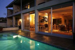 Holiday Rentals & Accommodation - Guest Houses - South Africa - Overberg - Pringle Bay
