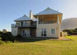 Holiday Rentals & Accommodation - Holiday Homes - South Africa - Overberg - Betty's Bay