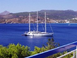 Holiday Rentals & Accommodation - Beach Hotels - Greece - Aegina (Attica - Saronic Islands) - Aegina Island