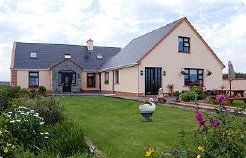 Holiday Rentals & Accommodation - Guest Houses - Ireland - West Clare Ireland. - Quilty, Near spanish point