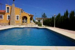 Holiday Rentals & Accommodation - Beach Chalets - Spain - Alicante - Jalon