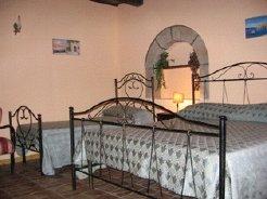 Bed and Breakfasts to rent in castiglione di sicilia, sicilia, Italy