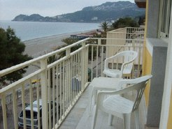 Beachfront Accommodation to rent in Taormina, Sicily, Italy