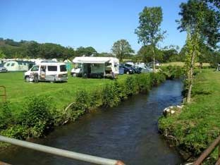 Holiday Rentals & Accommodation - Camping and Caravan - England - north devon - south molton