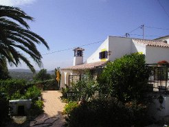 Holiday Rentals & Accommodation - Cottages - Portugal - Algarve - Loule