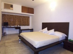 Holiday Rentals & Accommodation - Holiday Apartments - India - Vasant Kunj - Delhi