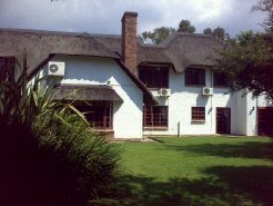 Holiday Rentals & Accommodation - Guest Houses - South Africa - Sandton - Johannesburg