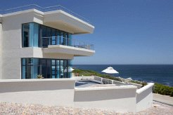 Holiday Rentals & Accommodation - Guest Houses - South Africa - Overberg - De Kelders