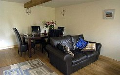 Holiday Rentals & Accommodation - Country Cottages - UK - Wye Valley - Hereford