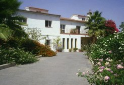 Holiday Rentals & Accommodation - Bed and Breakfasts - Spain - Andalucia - Alora