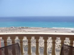 Holiday Rentals & Accommodation - Beachfront Apartments - Canary Islands - Playa Sotovento - Costa Calma