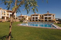 Holiday Rentals & Accommodation - Holiday Apartments - Portugal - Faro - Loule