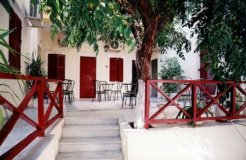 Guest Houses to rent in ERMOUPOLIS, CYCLADES, Greece