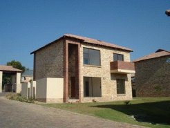 Holiday Rentals & Accommodation - Apartments - South Africa - Fourways - Sandton