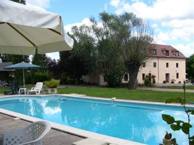 Holiday Rentals & Accommodation - Guest Houses - France - Auvergne - Lurcy-Levis
