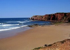 Holiday Rentals & Accommodation - Holiday Houses - Portugal - Algarve - Vale da Telha / Arrifana