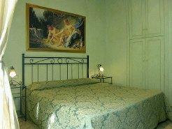Holiday Rentals & Accommodation - Holiday Homes - Italy - Spanish Steps  - Rome