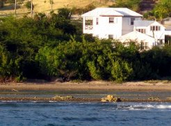 Holiday Rentals & Accommodation - Budget Accommodation - Antigua and Barbuda - Caribbean - Cades Bay