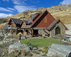 Holiday Rentals & Accommodation - Lodges and Retreats - New Zealand - Otago - Queenstown
